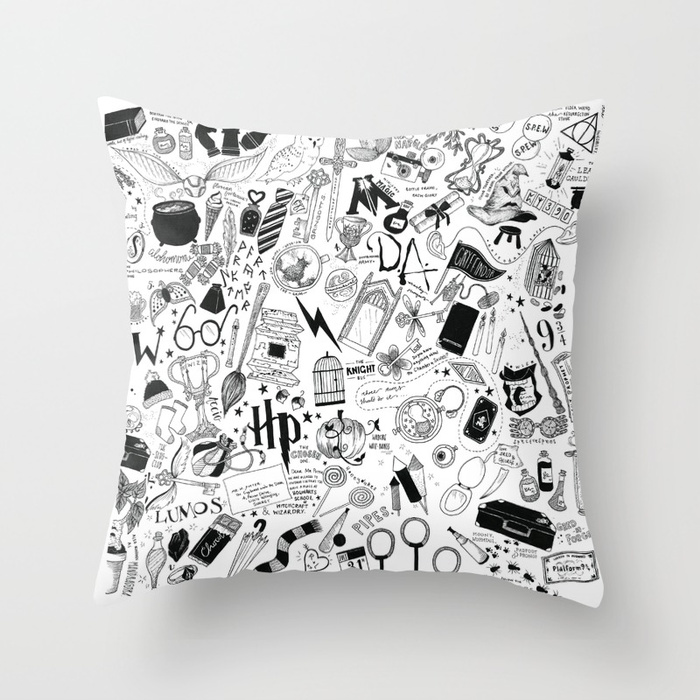 hogwarts-hogwarts-hoggy-warty-hogwarts-pillows